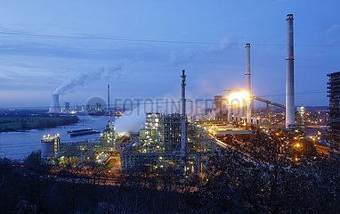 ThyssenKrupp Steel Europe  Kokerei Schwelgern am Rhein in Duisburg Marxloh  Ruhrgebiet  Nordrhein-Westfalen  Deutschland