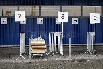 Click and Collect  Ikea  Duisburg  Nordrhein-Westfalen  Deutschland
