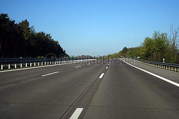 Michendorf  Deutschland  kein Verkehr auf der A10 in Zeiten der Coronakrise