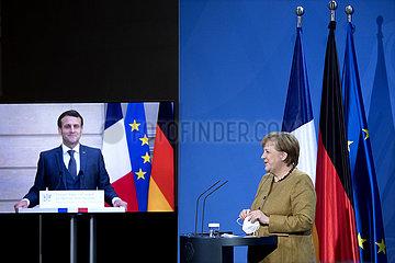 Emmanuel Macron  Angela Merkel