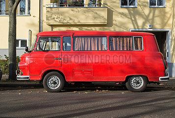 Berlin  Deutschland - Roter Barkas B 1000
