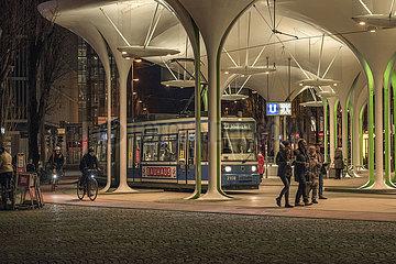 Tram- und Busbahnhof Muenchner Freiheit  Februar 2021