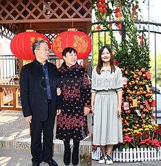CHINA-SPRING FEST-COVID-19-FAMILY SEPARATION-REUNION Porträts (CN)