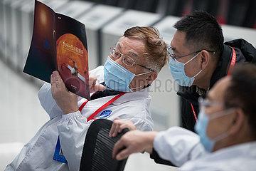 (EyesonSci) CHINA Beijing-Tianwen-1-Sonde-EINGABEN orbit MARS (CN)
