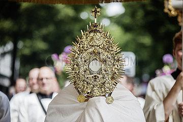 Fronleichnam  Prozession in Köln
