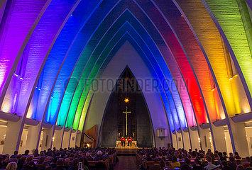Berlin  Deutschland - Die evangelische Kirche am Hohenzollernplatz