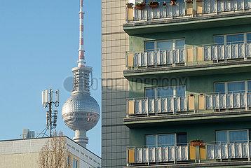 Berlin  Deutschland - Wohnbauten im Stadtzentrum Ost von Berlin