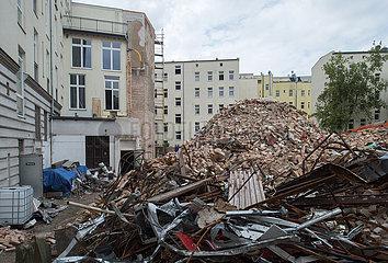 Berlin  Deutschland - Abriss des Hansatheaters in Berlin-Moabit