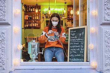 Salon Irkutsk  Fensterverkauf To go  Muenchen  Februar 2021