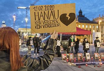 Jahrestag Anschlag von Hanau  Gedenken am Karlsplatz  Muenchen  19.02.2021