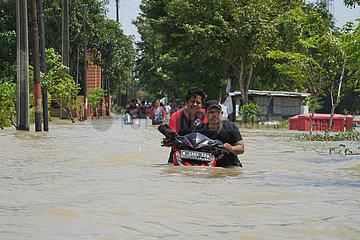 INDONESIEN-WEST JAVA-FLUT INDONESIEN-WEST JAVA-FLUT INDONESIEN-WEST JAVA-FLUT