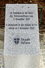 ÖSTERREICH-VIENNA-TERRORANSCHLAG-GEDENKSTEIN-Enthüllungs