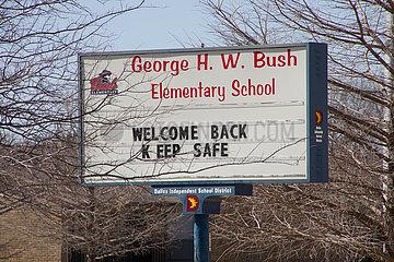 US-TEXAS-DALLAS-WINTER-STURM-Schulen geschlossen