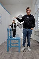BOSNIEN UND HERZEGOWINA-SARAJEVO-MUSEUM optische Täuschungen