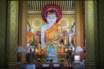 Mawlamyine  Myanmar  Buddha-Figur an der Kyaikthanlan-Pagode