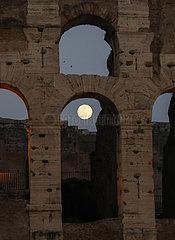 ITALY-ROME-LANTERN FESTIVAL-FULL MOON