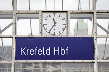 Hauptbahnhof  Krefeld  Nordrhein-Westfalen  Deutschland