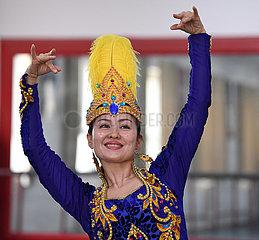 CHINA-XINJIANG-KASHGAR-DANCE TROUPE-TEACHER