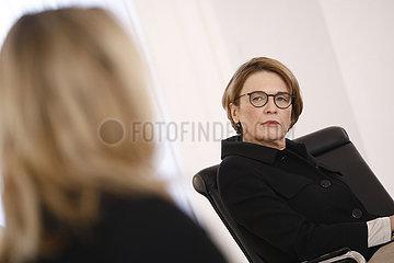 Veranstaltung Digitalisierung ist weiblich! zum Internationalen Frauentag  Schloss Bellevue  8. Maerz 2021