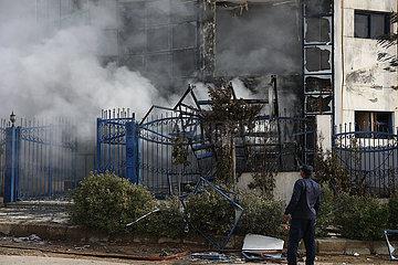ÄGYPTEN-EL Obour CITY-Kleidung Fabrik-MASSIVE FIRE ÄGYPTEN-EL Obour CITY-Kleidung Fabrik-MASSIVE FIRE