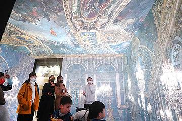 CHINA-Shanghai-Schloß Versailles-ART SHOW (CN)