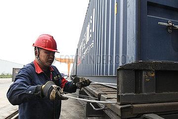 CHINA-GUANGXI Fracht TRAIN-KAZAKHSTAN (CN)