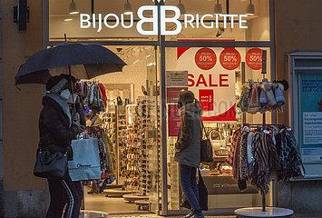 Geschaefte offen  Filiale von Bijou Brigitte in Landshut  11.03.2021