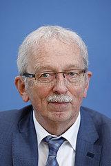 Bundespressekonferenz zum Thema: AfD- Auswirkungen der Landtagswahlen in Baden-Wuerttemberg und Rheinland-Pfalz auf die Bundespolitik