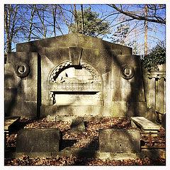 St. Johannis u. Heiland-Friedhof