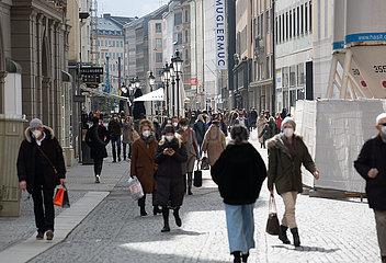 Die Inzidenz stiegt weiter: Shopping in München