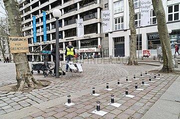 Mahnwache für Obdachlose auf dem Gerhard-Hauptmann-Platz