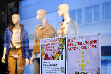 Click & Meet in der Coronakrise  Dueren  Nordrhein-Westfalen  Deutschland