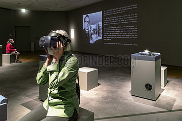 Virtual Reality Installation