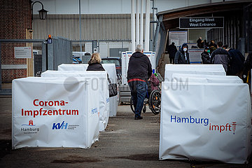 Crorona Impfzentrum - Corona Vaccination Center