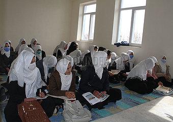 AFGHANISTAN-Ghazni-neues Schuljahr