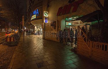 Rosenheimer Strasse  abends  Muenchen  Maerz 2021