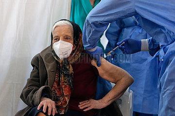 ROMANIA-BUKARESTS-COVID-19-striktere Kontrolle MASSNAHMEN