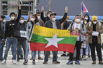 Protest gegen Militaerputsch in Myanmar  Muenchen  25. Maerz 2021