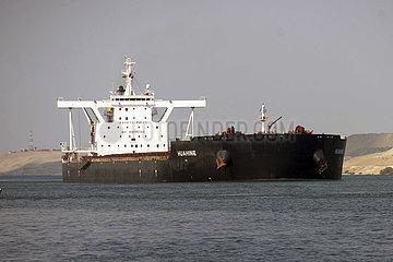 ÄGYPTEN-Sueskanal-STUCK CONTAINER SHIP-SALVAGE ÄGYPTEN-Sueskanal-STUCK CONTAINER SHIP-SALVAGE