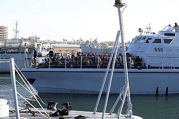 Libyen-TRIPOLIS-ILLEGAL Migranten-RESCUE libyen-TRIPOLIS-ILLEGAL Migranten-RESCUE libyen-TRIPOLIS-ILLEGAL Migranten-RESCUE libyen-TRIPOLIS-ILLEGAL Migranten-RESCUE