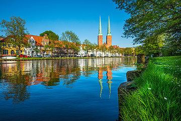 Lübeck  Frühling an der Trave