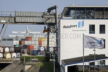 Duisburger Hafen AG  Duisport  Ruhrgebiet  Nordrhein-Westfalen  Deutschland  Europa