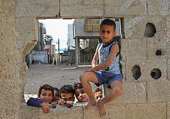 MIDEAST-GAZA-STADT-KINDER-SPORT