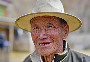 (InTibet)CHINA-TIBET-FORMER SERF-NEW LIFE (CN)