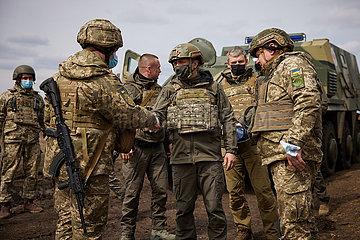 UKRAINE-DONBASS PRÄSIDENT-FRONTLINE-VISIT