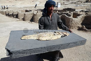 ÄGYPTEN-LUXOR-ARCHEOLOGICAL Discovery- 'LOST GOLD CITY'