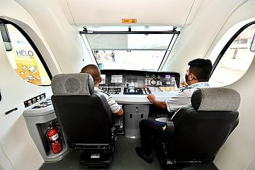 MALAYSIA Kota Bahru-DMU TRAIN-BETRIEB