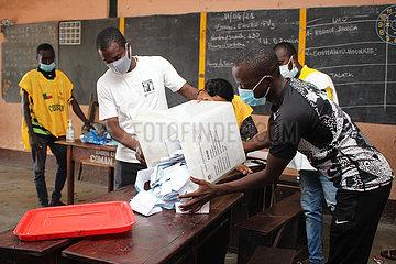 BENIN-COTONOU-PRESIDENTIAL COUNTING ELECTION-ABSTIMMUNG
