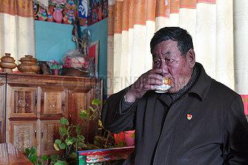 (InTibet)CHINA-TIBET-FORMER SERF-NEW LIFE-SONAM YARPHEL (CN)