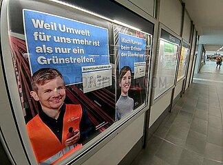 Stellenanzeige fuer die Autobahn GmbH